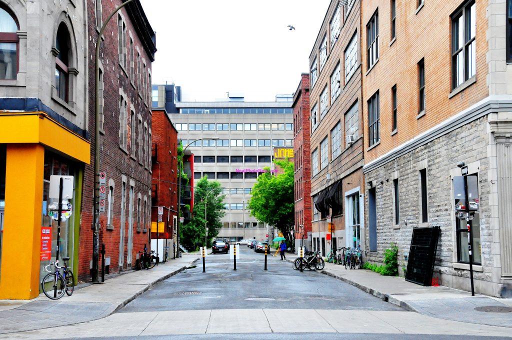 Downtoen Montreal - Saint Laurant